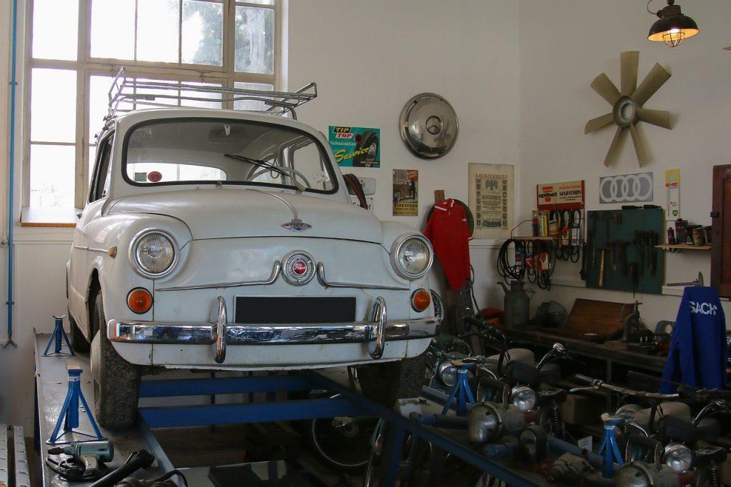 Reparatur Auto Werkstatt